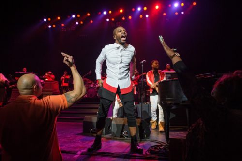 Kirk Franklin Something About the Name Jesus (Medley) mp3 download
