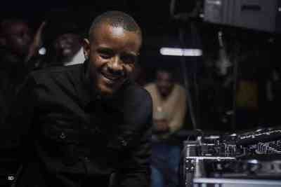 Kabza De Small  Thele (Vocal Mix) mp3 download